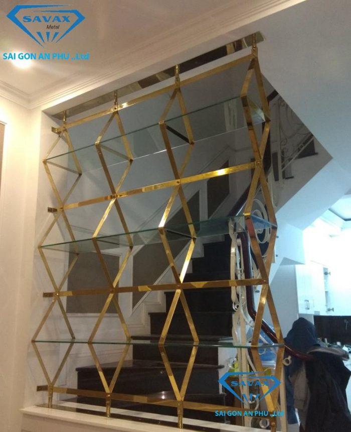 Mẫu vách ngăn cnc cầu thang dạng kệ