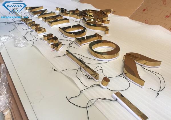 Cắt chữ inox vàng gương