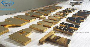 Mẫu chữ nổi inox vàng vừa hoàn thiện tại xưởng