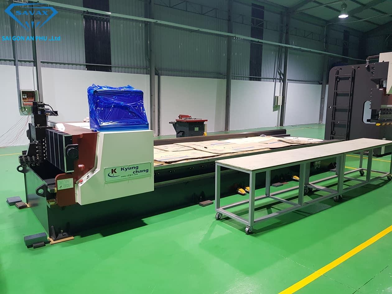 Máy bào ranh V CNC