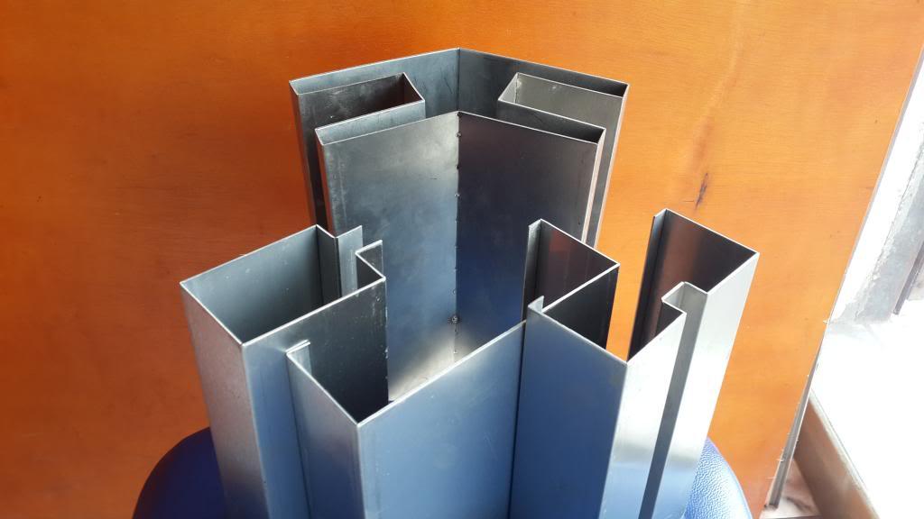 Những mẫu nẹp dùng cho mặt kính tại xưởng