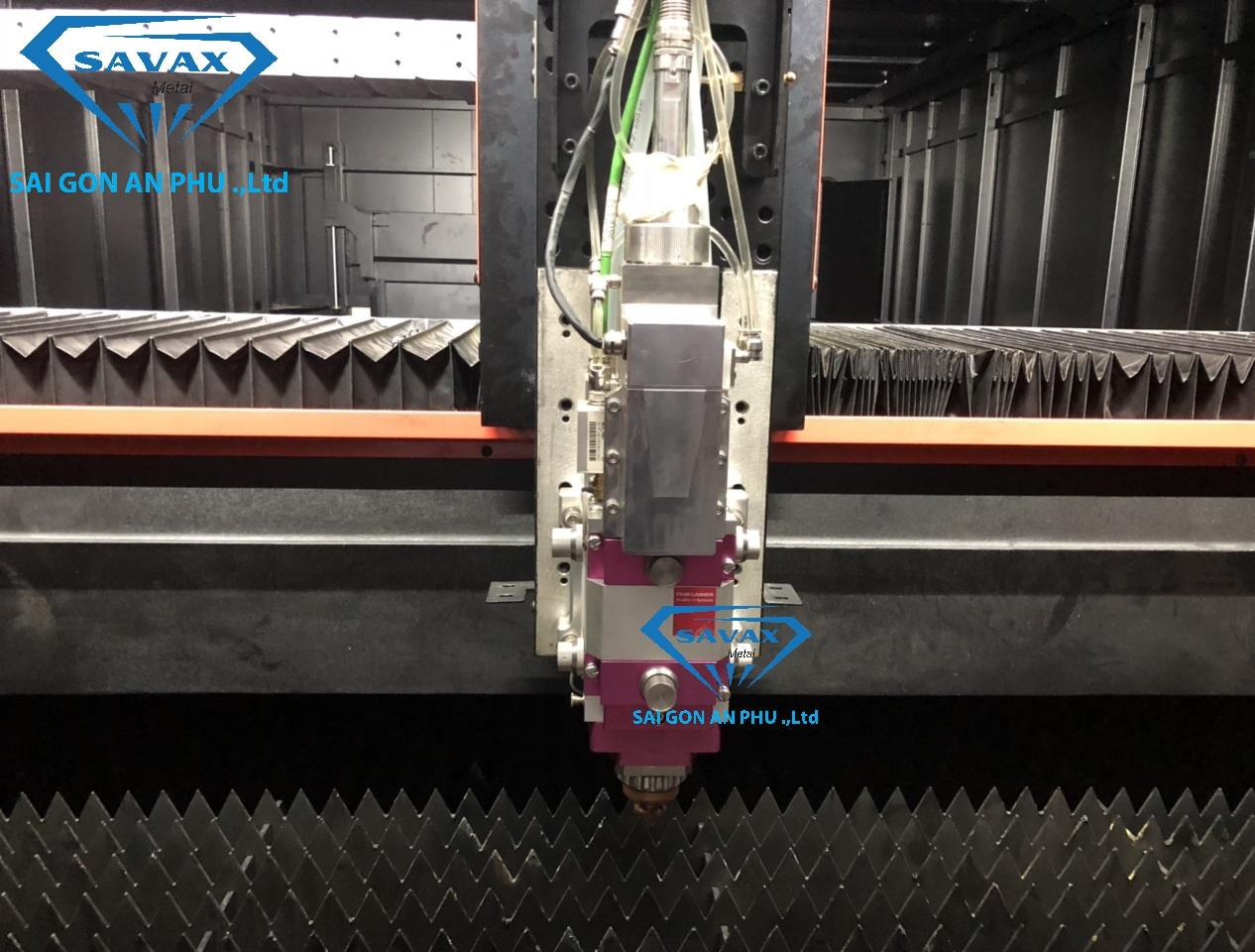 Đầu máy cắt laser