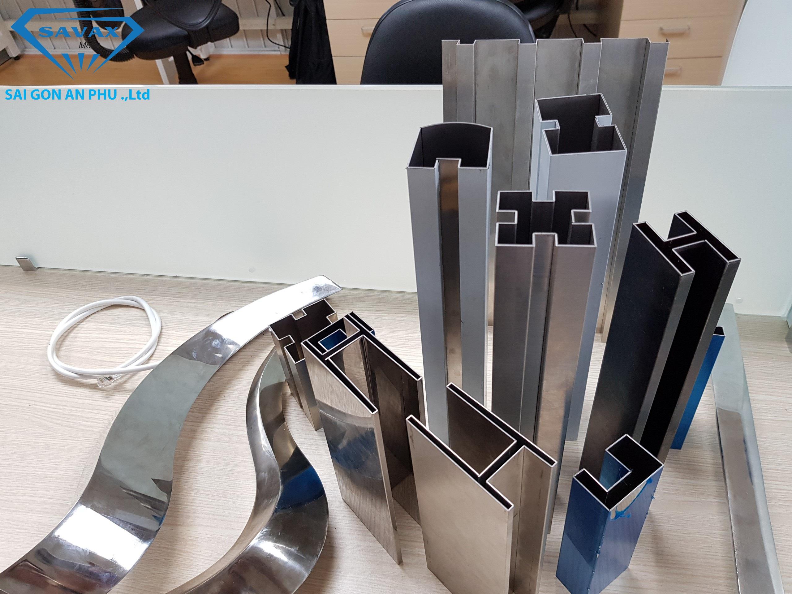Sản phẩm từ bào rãnh V CNCSản phẩm từ bào rãnh V CNC