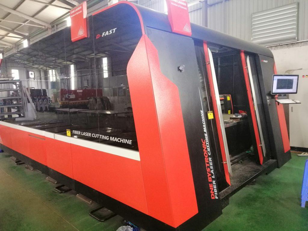 Máy cắt Laser Fiber tại xưởng Inox Vạn Xuân