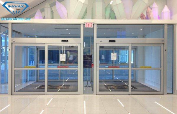 Mẫu cửa tự động cho trung tâm thương mại